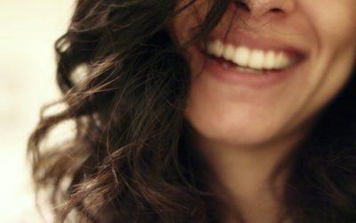 Armocromia: i colori di capelli per le donne estate e inverno